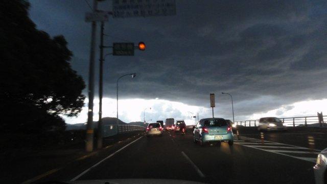 Dark clouds in radioactive Japan_c0157558_22312041.jpg