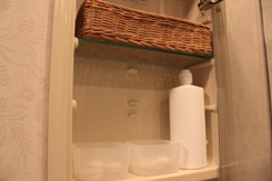 ・シンプルな洗面所を目指して。_d0245268_12482642.jpg