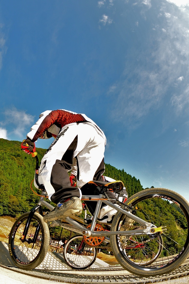 BMX RACING START MANIA2011 :JOSF秩父ラウンドin秩父滝沢サイクルパーク_b0065730_23141033.jpg