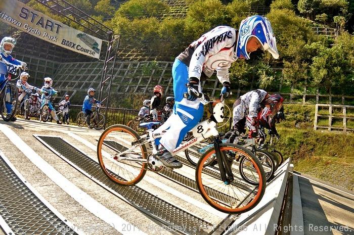 BMX RACING START MANIA2011 :JOSF秩父ラウンドin秩父滝沢サイクルパーク_b0065730_23161061.jpg