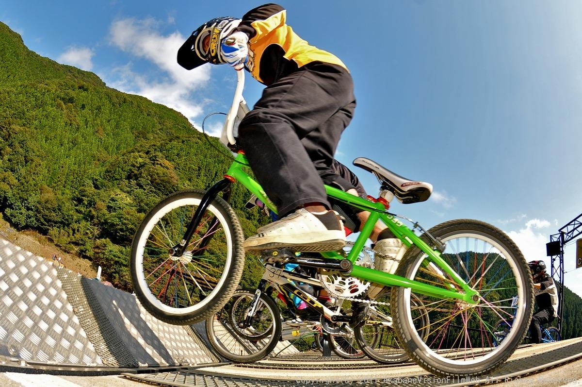 BMX RACING START MANIA2011 :JOSF秩父ラウンドin秩父滝沢サイクルパーク_b0065730_23171023.jpg