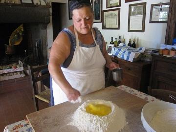 300年以上続いている農家の台所 ①_a0154793_13374759.jpg