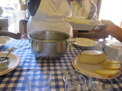 300年以上続いている農家の台所 ②_a0154793_21131818.jpg