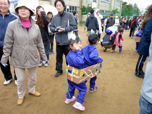 苺梨杏の運動会 _f0150893_1819978.jpg