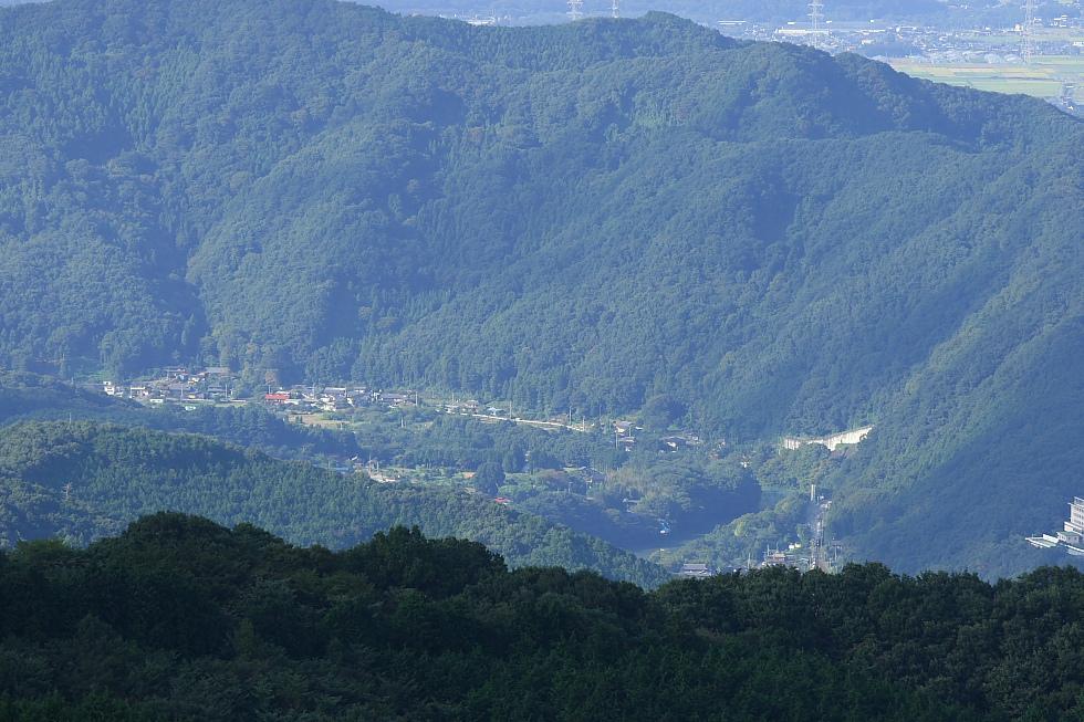 山の向こうに - 2011年初秋・秩父 -_b0190710_719917.jpg