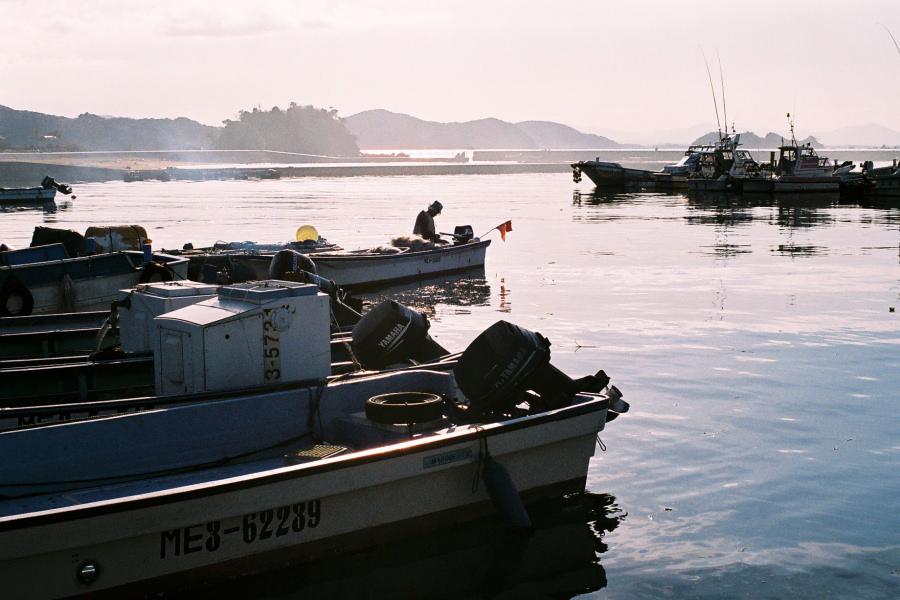 答志島 III -漁港-_e0051186_21192344.jpg