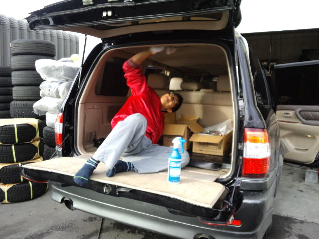 ランクル TOMMY札幌店 10月7日!本日の納車準備☆_b0127002_21561888.jpg