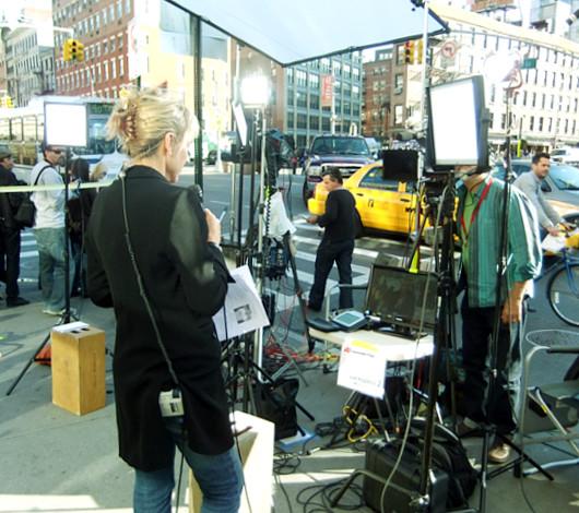 スティーブ・ジョブズさん追悼特集 ニューヨークWest14丁目店前_b0007805_13274671.jpg