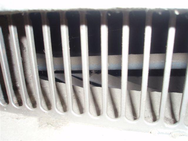 隠蔽配管エアコンの入替 (東京都町田市)_e0207151_19261531.jpg