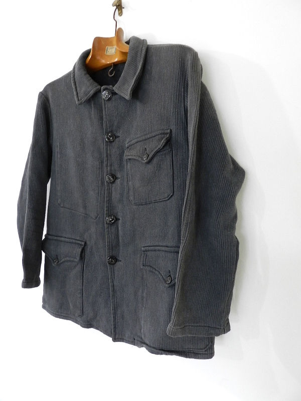 french hunting jacket with animal buttons_f0226051_12494845.jpg