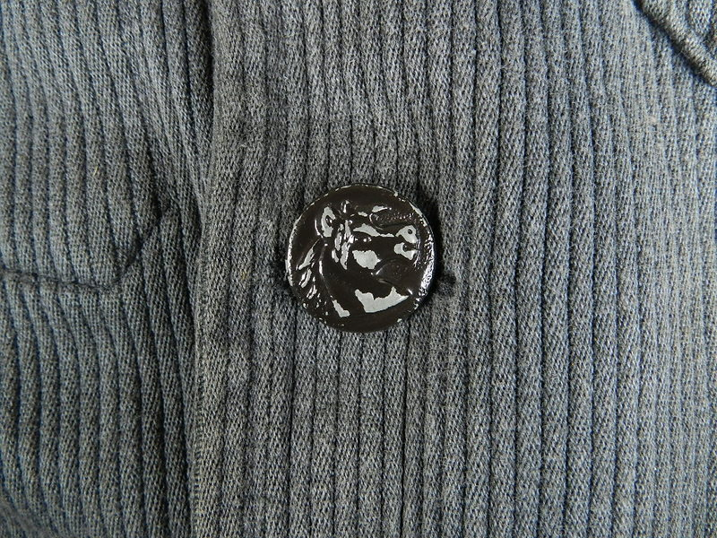 french hunting jacket with animal buttons_f0226051_1253413.jpg