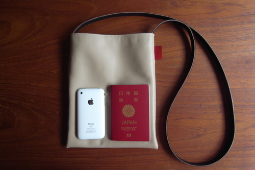 "革shibaf 第一弾、passport bag ""leather\""_e0243765_1135524.jpg"