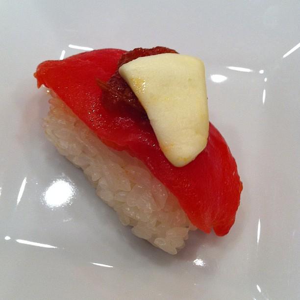トマトのお寿司_d0122797_18524478.jpg