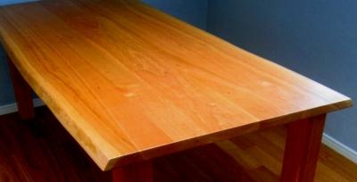 お気に入りの家具との出会い(ブラックチェリーのテーブル)_e0010418_17345060.jpg