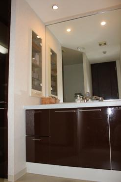 ・洗面台下の収納。_d0245268_10182235.jpg