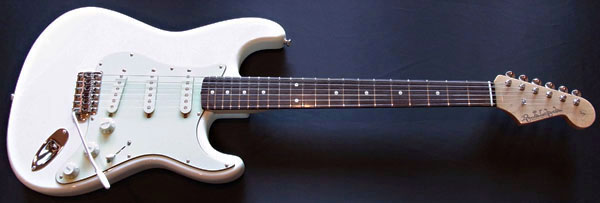 とあるオーダーの「Moderncaster S #016」が完成〜ッ!_e0053731_18381086.jpg