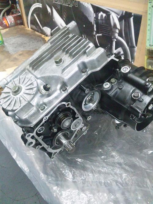 カワサキGPZ400Rエンジンオーバーホール・・・その6_a0163159_20383573.jpg
