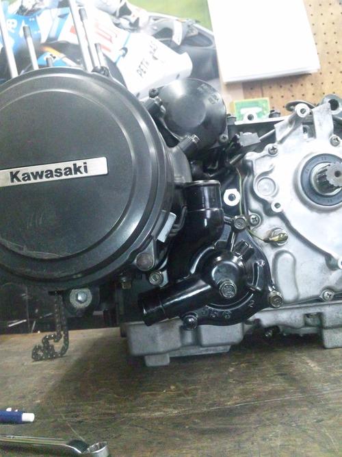 カワサキGPZ400Rエンジンオーバーホール・・・その6_a0163159_2039137.jpg
