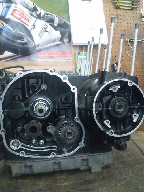 カワサキGPZ400Rエンジンオーバーホール・・・その6_a0163159_20393074.jpg