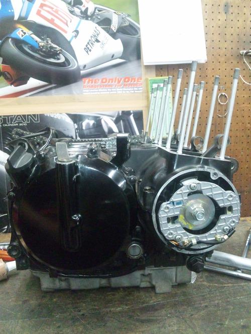 カワサキGPZ400Rエンジンオーバーホール・・・その6_a0163159_2040223.jpg