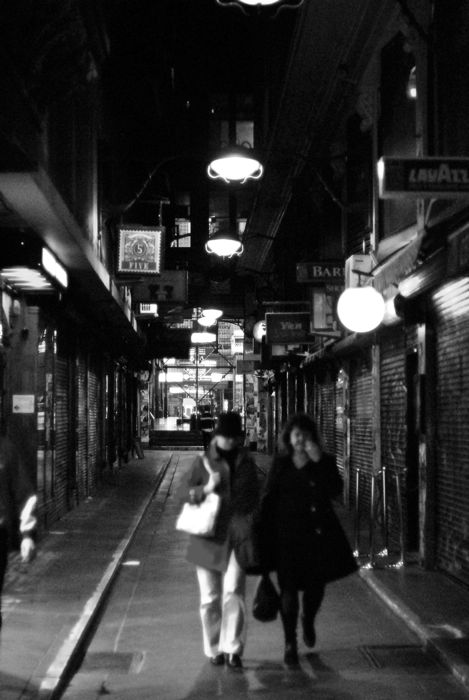 Melbourne at Late Night_c0127403_3364342.jpg