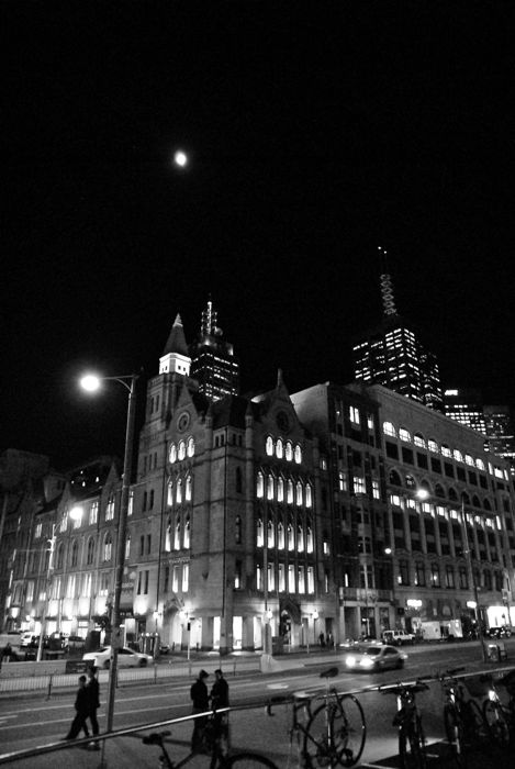 Melbourne at Late Night_c0127403_3365644.jpg