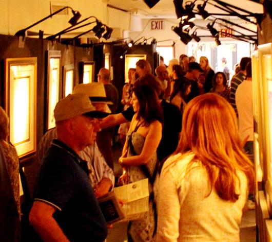 ジョン・レノンさん71回目のお誕生日記念でニューヨークに特別ギャラリー期間限定オープン!!!_b0007805_1015496.jpg