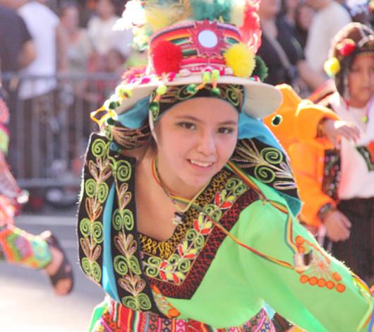 ニューヨーク・ヒスパニック・デー・パレードに遭遇_b0007805_13345559.jpg