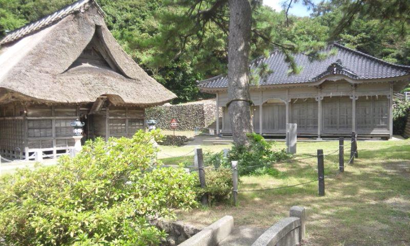 白山神社。_d0241628_12103167.jpg