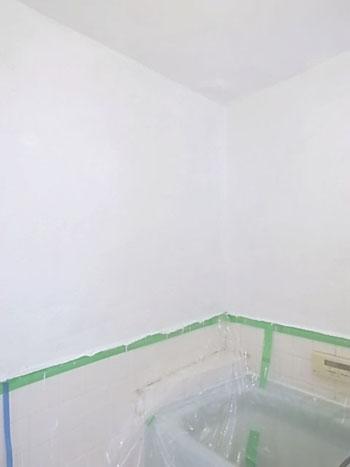 浴室塗装2日目_e0250154_18201514.jpg