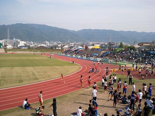 体育の日 東大阪市民陸上競技大会に出場しました。_e0170006_18474921.jpg