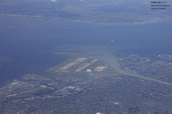 10/11 機窓より 「羽田空港」_d0242350_2342531.jpg