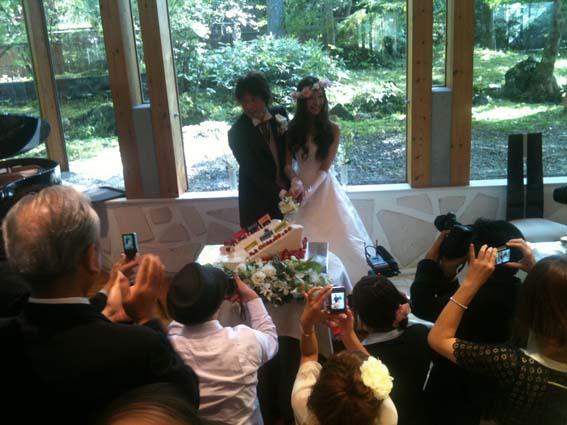 ライダーの結婚式_c0137158_952856.jpg
