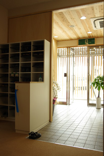 あたらしい事務所の風景。_d0095873_13584454.jpg