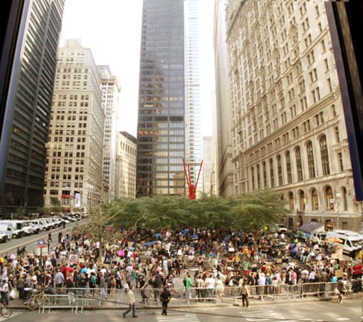 あまりメディアが伝えないニューヨークのウォール街デモの素顔_b0007805_1248535.jpg