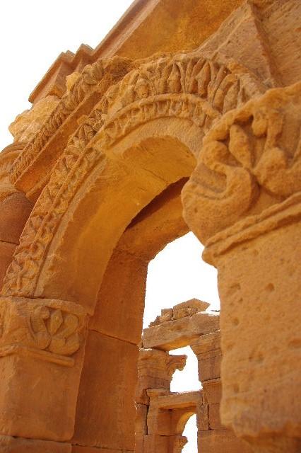 【スーダン周遊】 ナカ遺跡 (2) ライオン神殿とキオスク_c0011649_858574.jpg