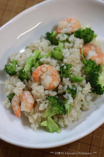 海老とブロッコリーの炒飯、きのこあんかけ♪_c0139375_1515167.jpg