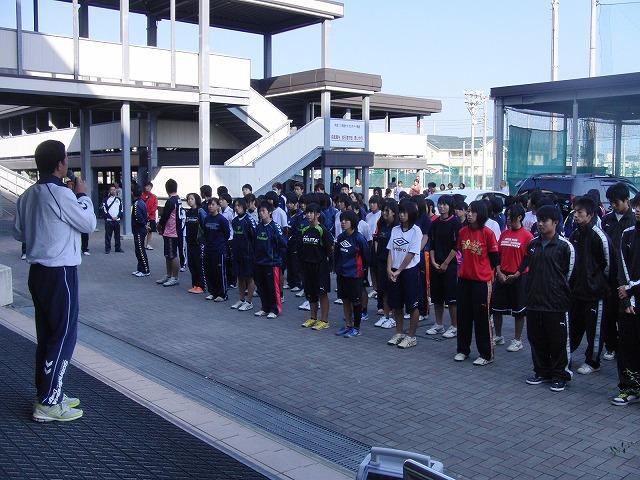 今年も晴天の下で行なわれた富士市スポーツ祭ハンドボール大会_f0141310_7493253.jpg