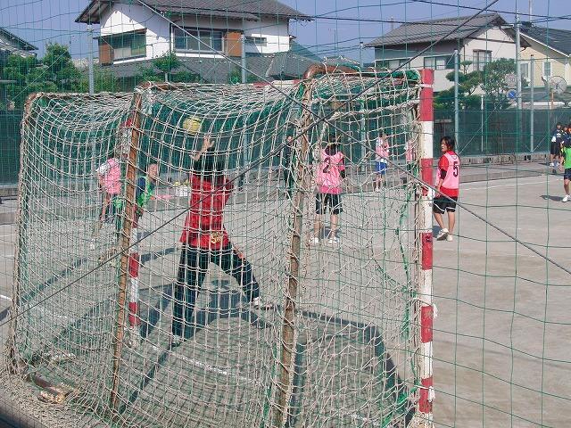 今年も晴天の下で行なわれた富士市スポーツ祭ハンドボール大会_f0141310_7503272.jpg