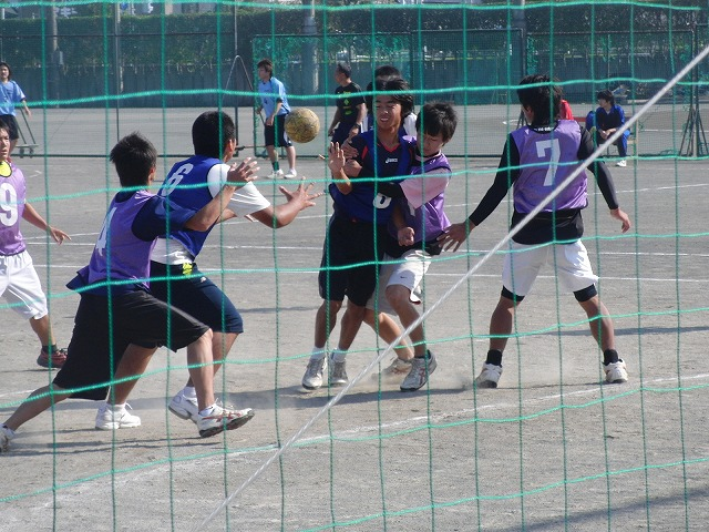 今年も晴天の下で行なわれた富士市スポーツ祭ハンドボール大会_f0141310_7504131.jpg