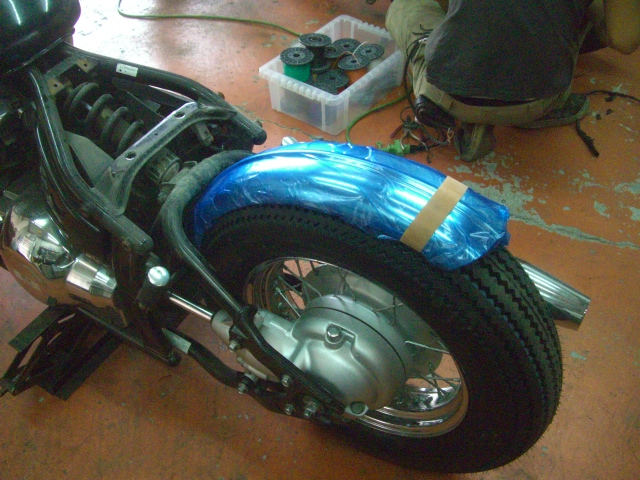 15インチなビンテージ(パターン)タイヤ装着してみました!_a0164918_11591690.jpg