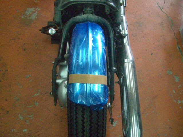 15インチなビンテージ(パターン)タイヤ装着してみました!_a0164918_1159780.jpg