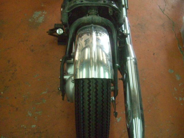15インチなビンテージ(パターン)タイヤ装着してみました!_a0164918_1202830.jpg