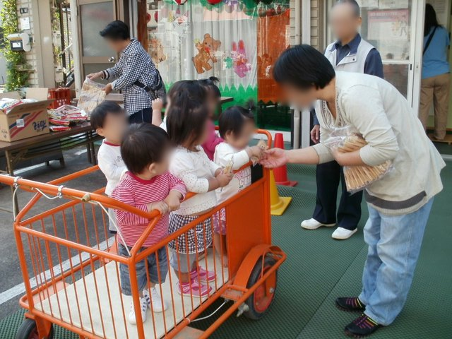 お祭り_e0148419_8412055.jpg