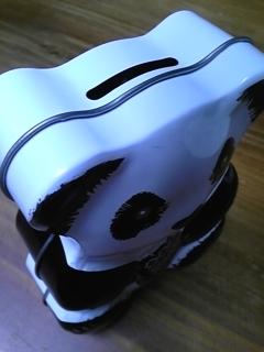 パンダの缶は…_f0148927_12244753.jpg