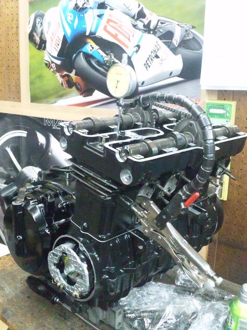 カワサキGPZ400Rエンジンオーバーホール・・・その7_a0163159_21414158.jpg