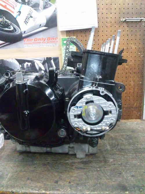 カワサキGPZ400Rエンジンオーバーホール・・・その7_a0163159_214156.jpg