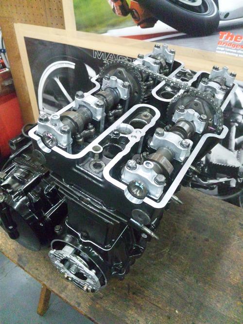 カワサキGPZ400Rエンジンオーバーホール・・・その7_a0163159_21422748.jpg