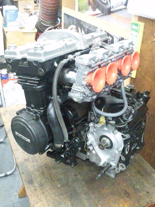 カワサキGPZ400Rエンジンオーバーホール・・・その7_a0163159_21424344.jpg