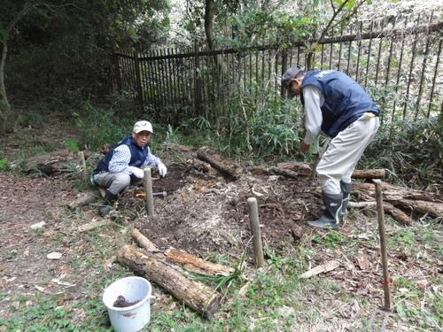 鳴滝小学校2年生40名遠足サポート in うみべの森_c0108460_17464035.jpg